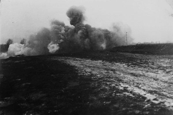 artillery-bombardment