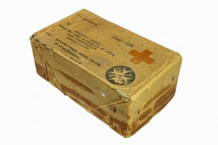 red-cross-food-parcel-2