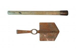 entrenching-tool-4