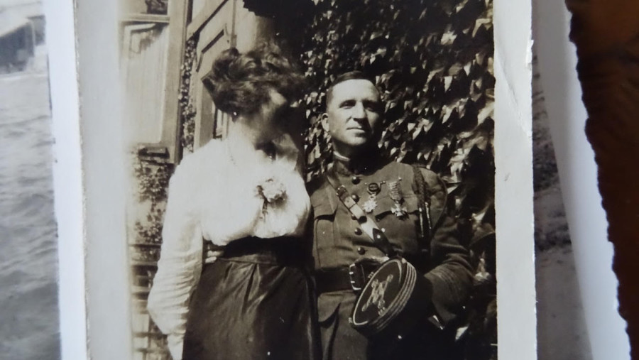 New Zealander James Waddell with his wife (Aida Josephine Schmitt) in the 1920's. He is still in uniform with his Croix de Guerre with seven palms displayed upon his breast. Photo courtesy of Waddell family.