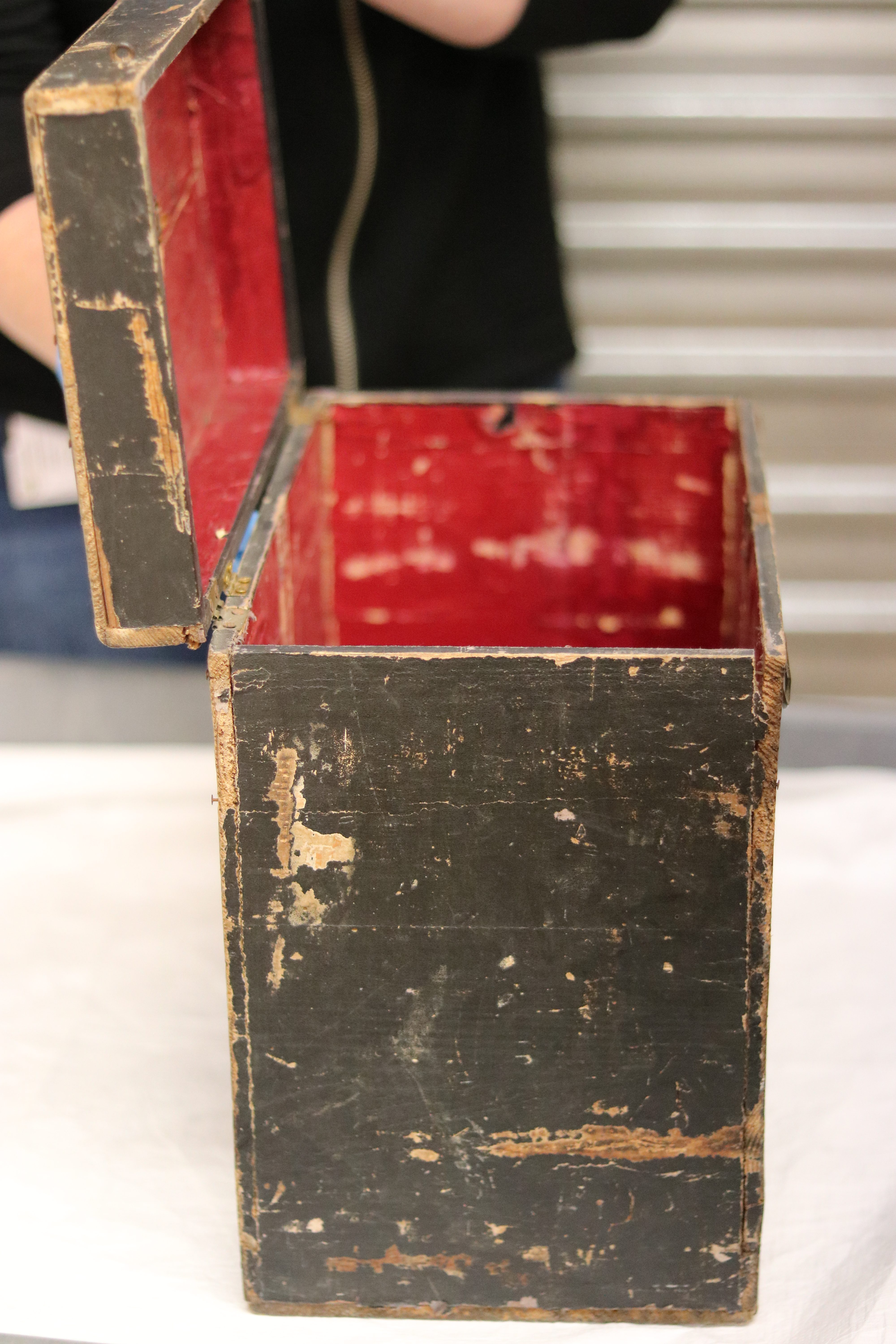 2018.91.1; Melodeon Case, A V S Dick, WWI. National Army Museum Te Mata Toa